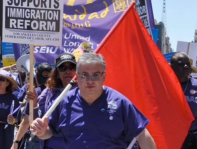 Union Workers Unbelievable Photos Of Obama Supporters Marching Arm In Arm With Communists In California