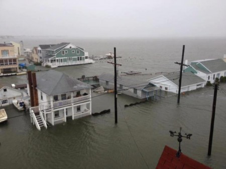 11 Horrifying Photos Of The Devastation Caused By Hurricane Sandy  | Hurricane-Sandy-Ocean-City-Flooding-Photo-by-Ken-Shane-450x337 | News Articles US News